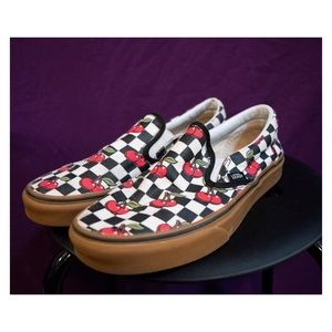 VANS Cherry Checker Gum Slip-On! 🍒
